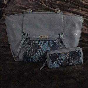 Shoulder bag and matching zip wallet